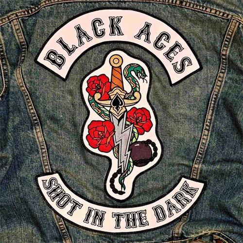 Det bara skriker AC/DC om Black Aces